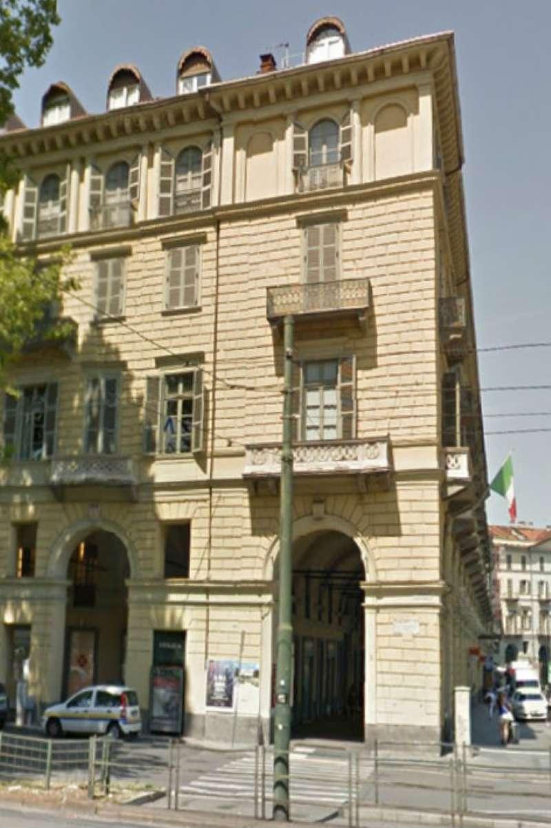 Attico / Mansarda in affitto a Torino, 2 locali, zona Zona: 1 . Centro, Quadrilatero Romano, Repubblica, Giardini Reali, prezzo € 400 | Cambio Casa.it