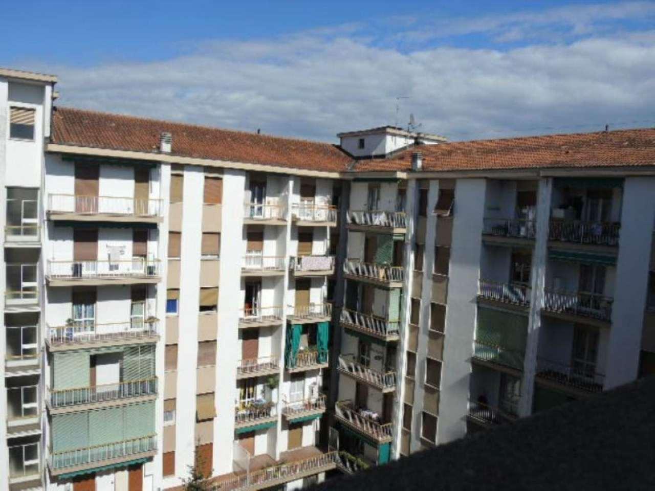 Bilocale Bergamo Via Borgo Palazzo 8