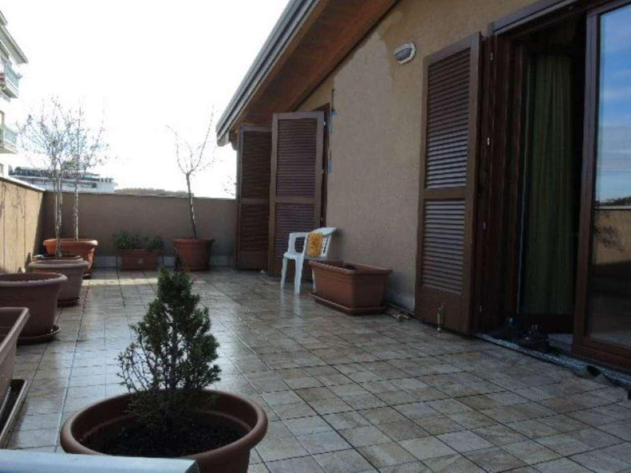 Bilocale Bergamo Via Gianbattista Moroni 1