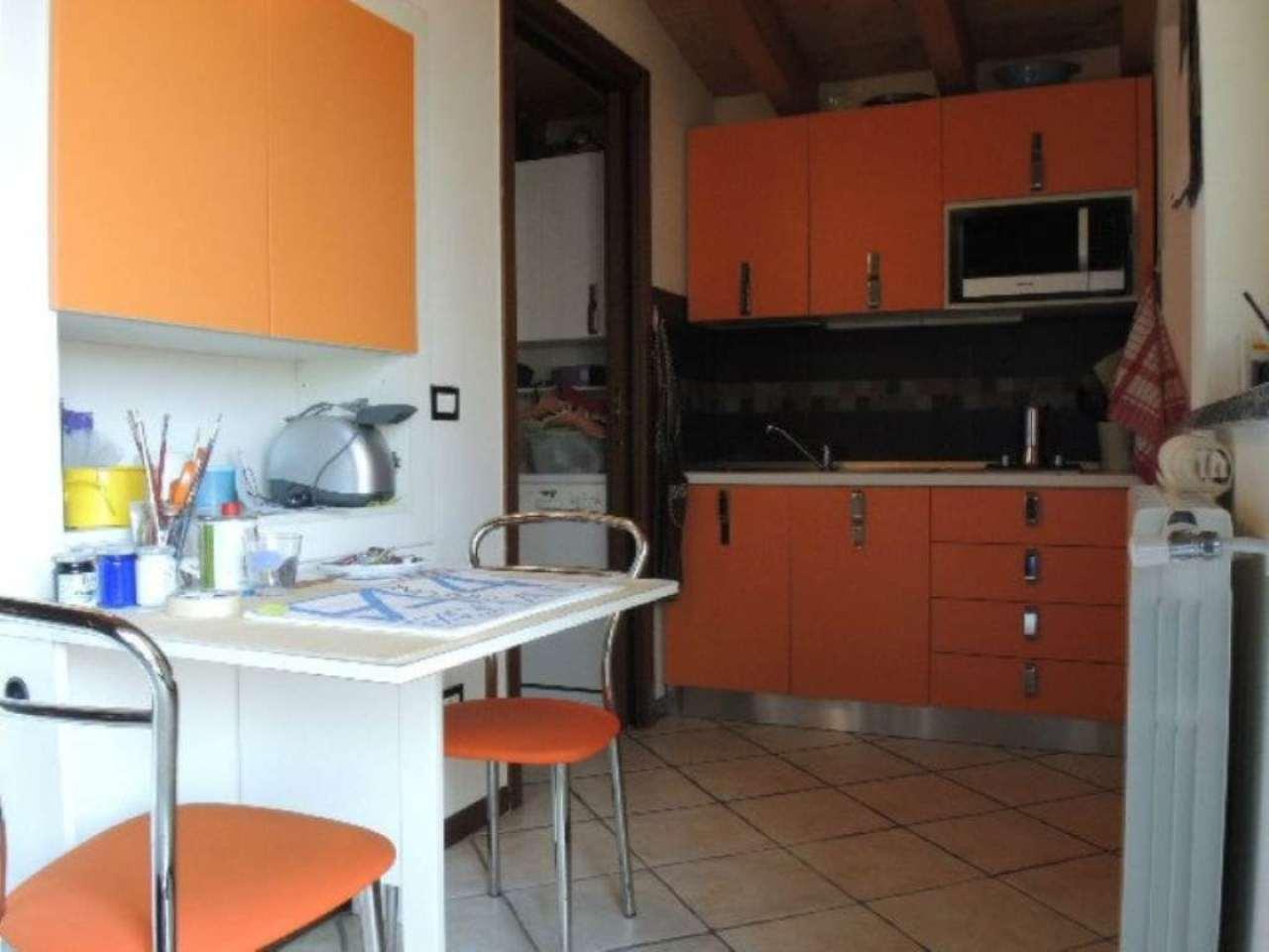 Bilocale Bergamo Via Gianbattista Moroni 5