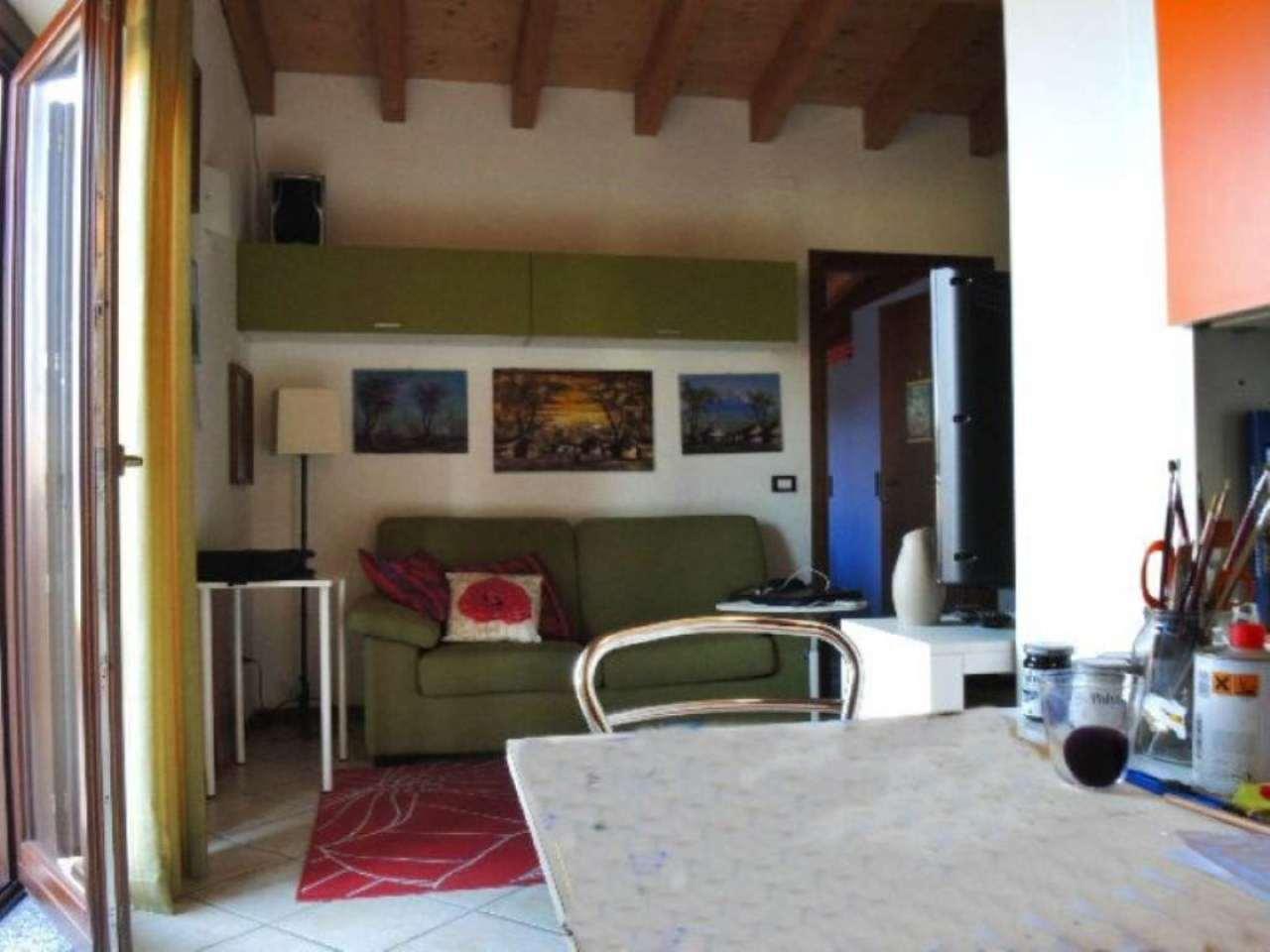 Bilocale Bergamo Via Gianbattista Moroni 8