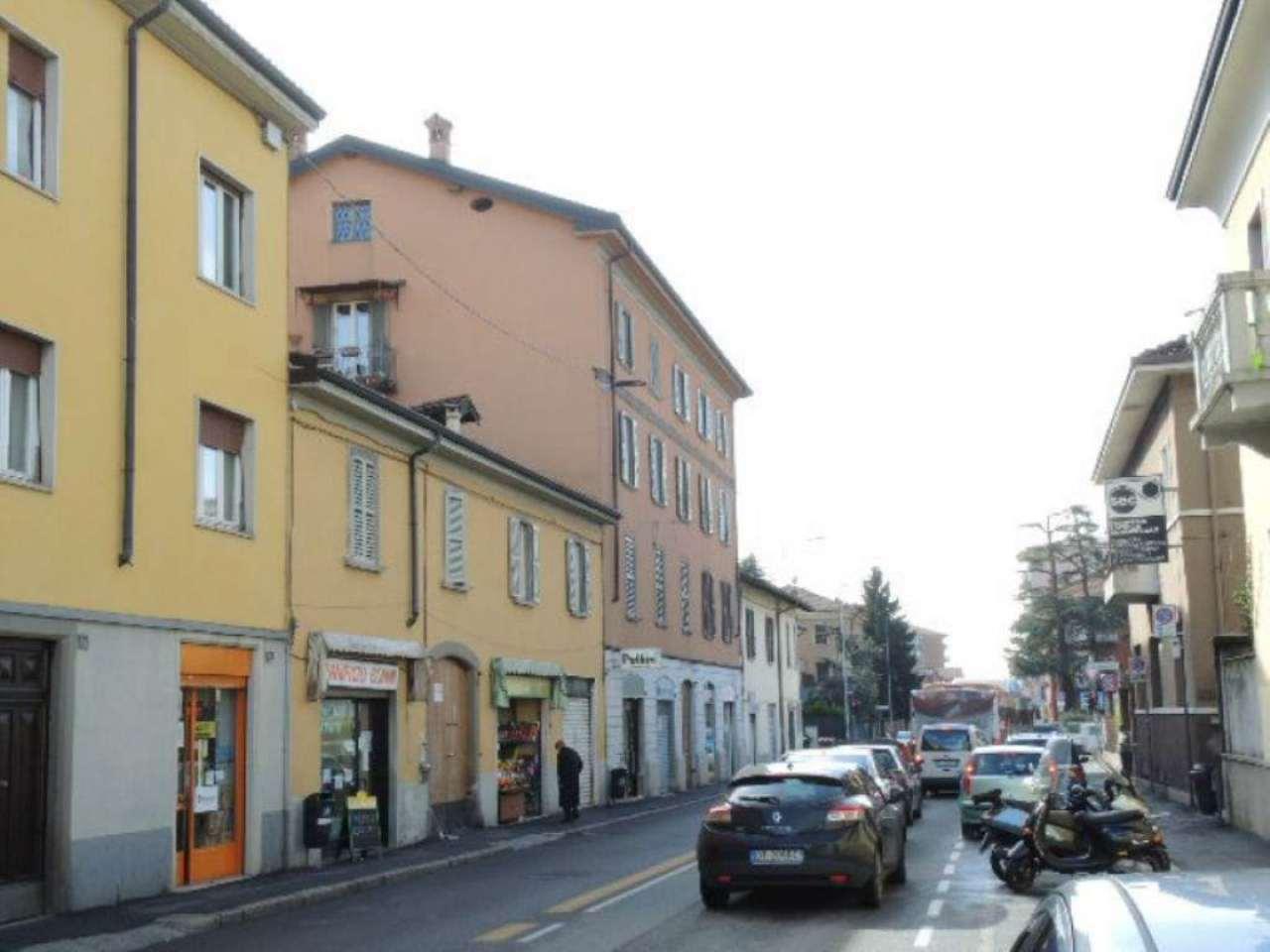 Bilocale Bergamo Via Gianbattista Moroni 10