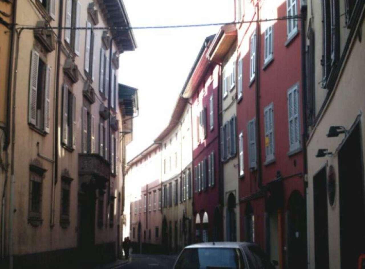 Bilocale Alzano Lombardo Via Mazzini 10