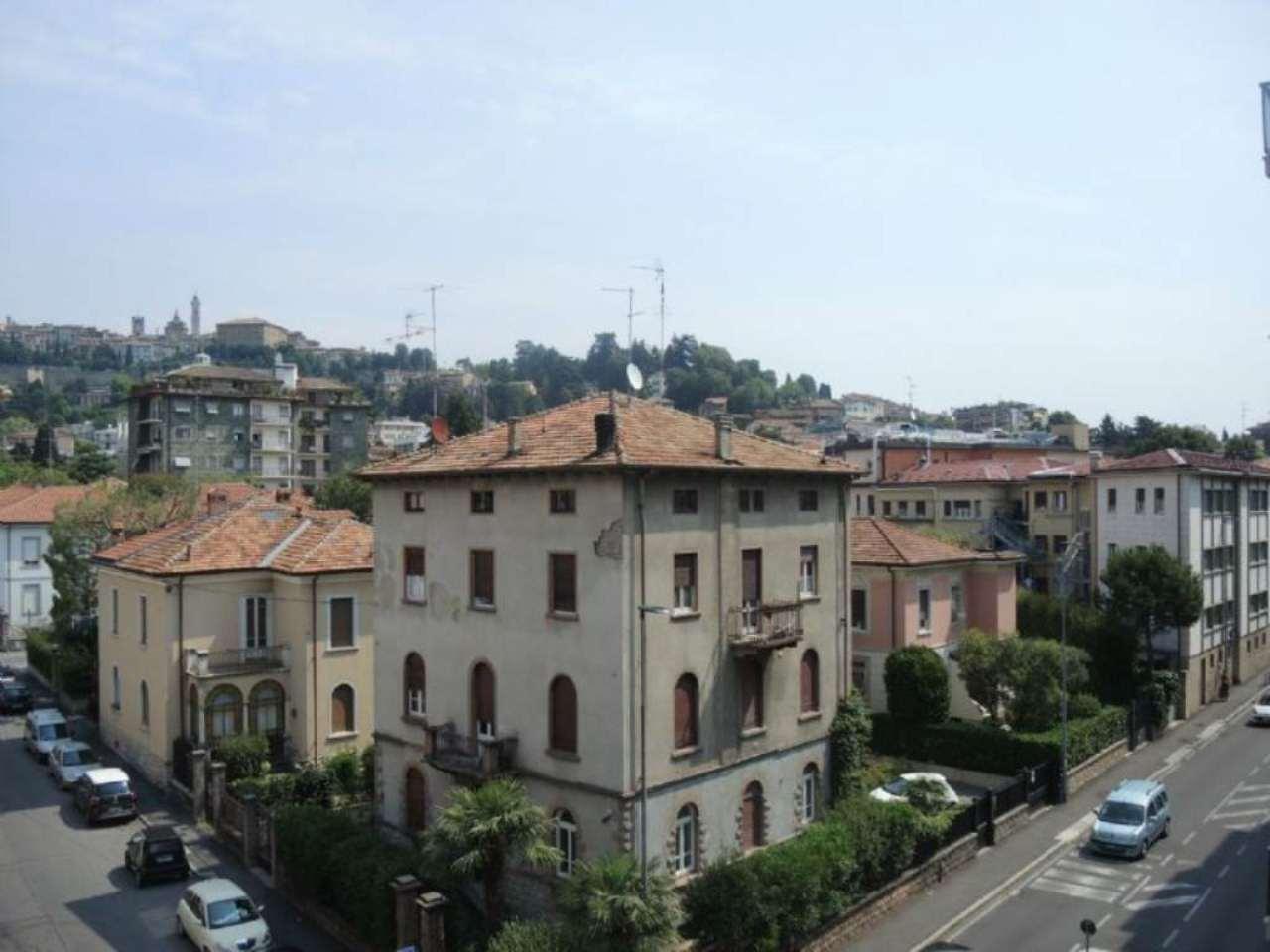 Bilocale Bergamo Via Mazzini 9