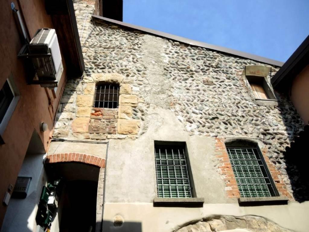 Bilocale Bergamo Via Campagnola 8