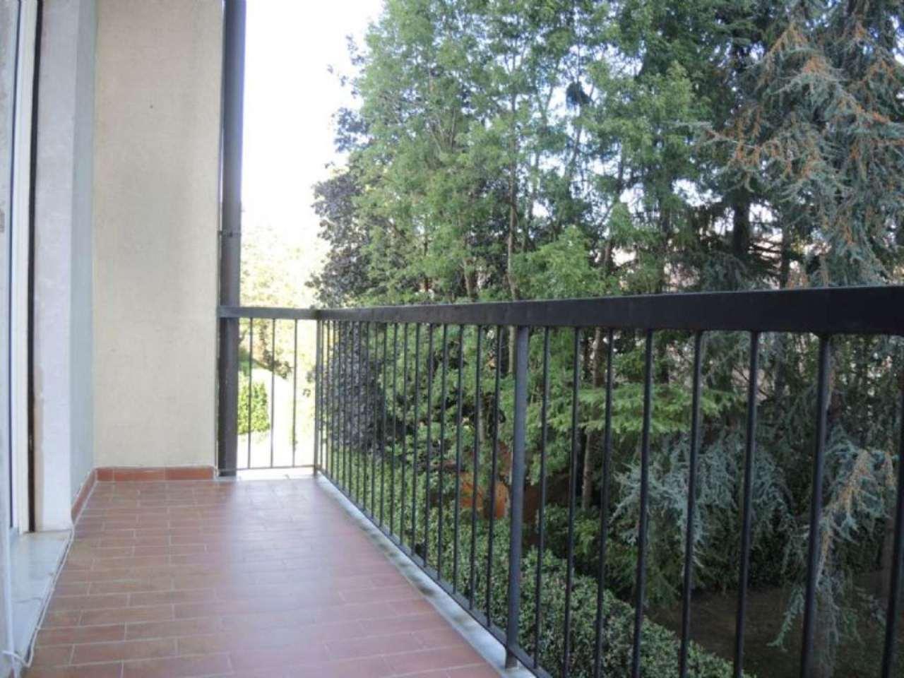 Bilocale Mozzo Via Giovanni Battista Vico 8