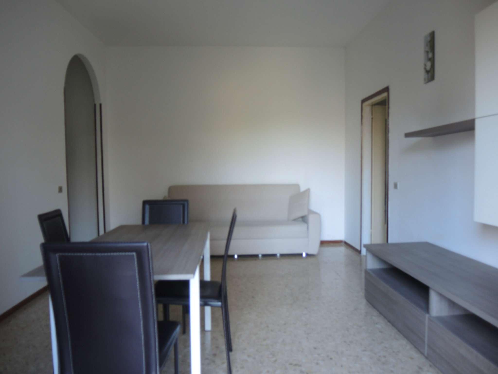 Bilocale Mozzo Via Giovanni Battista Vico 3