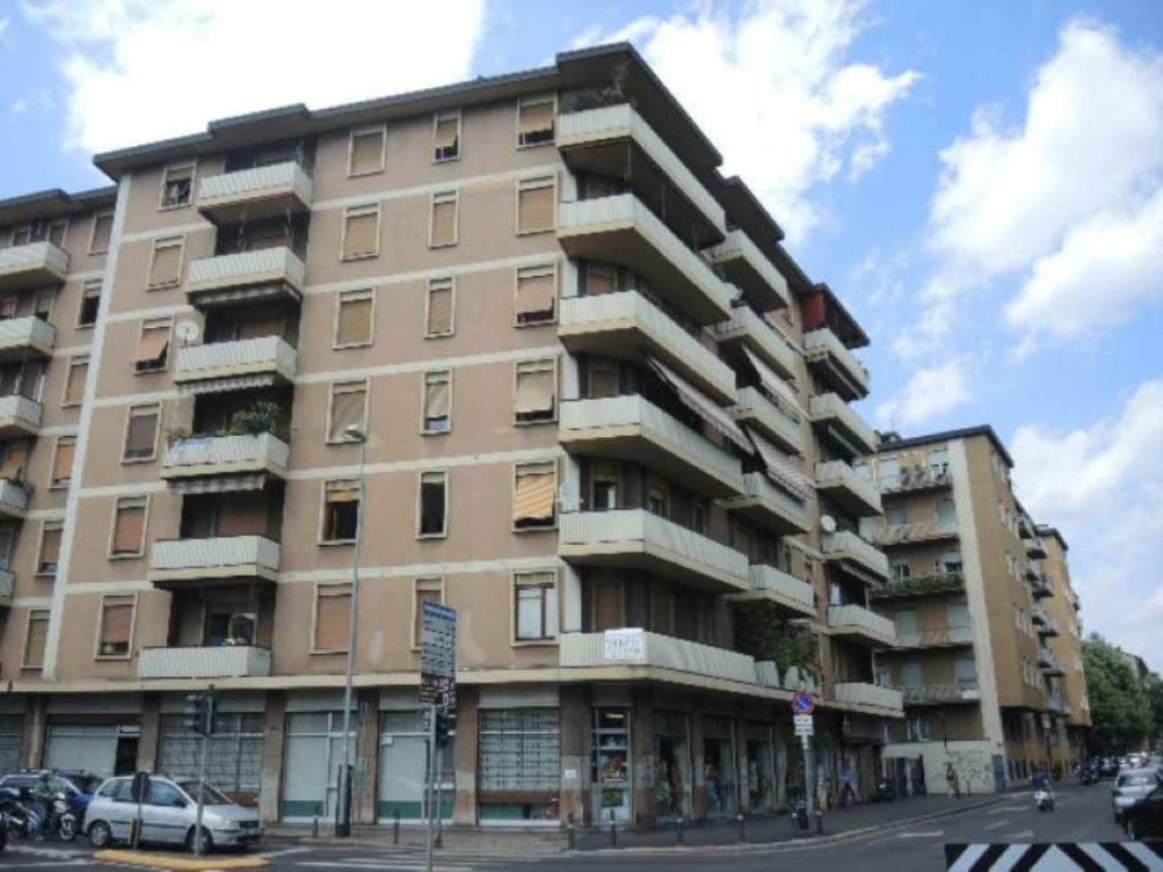 Bilocale Bergamo Via Giacomo Quarenghi 9