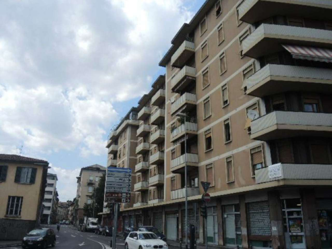 Bilocale Bergamo Via Giacomo Quarenghi 10