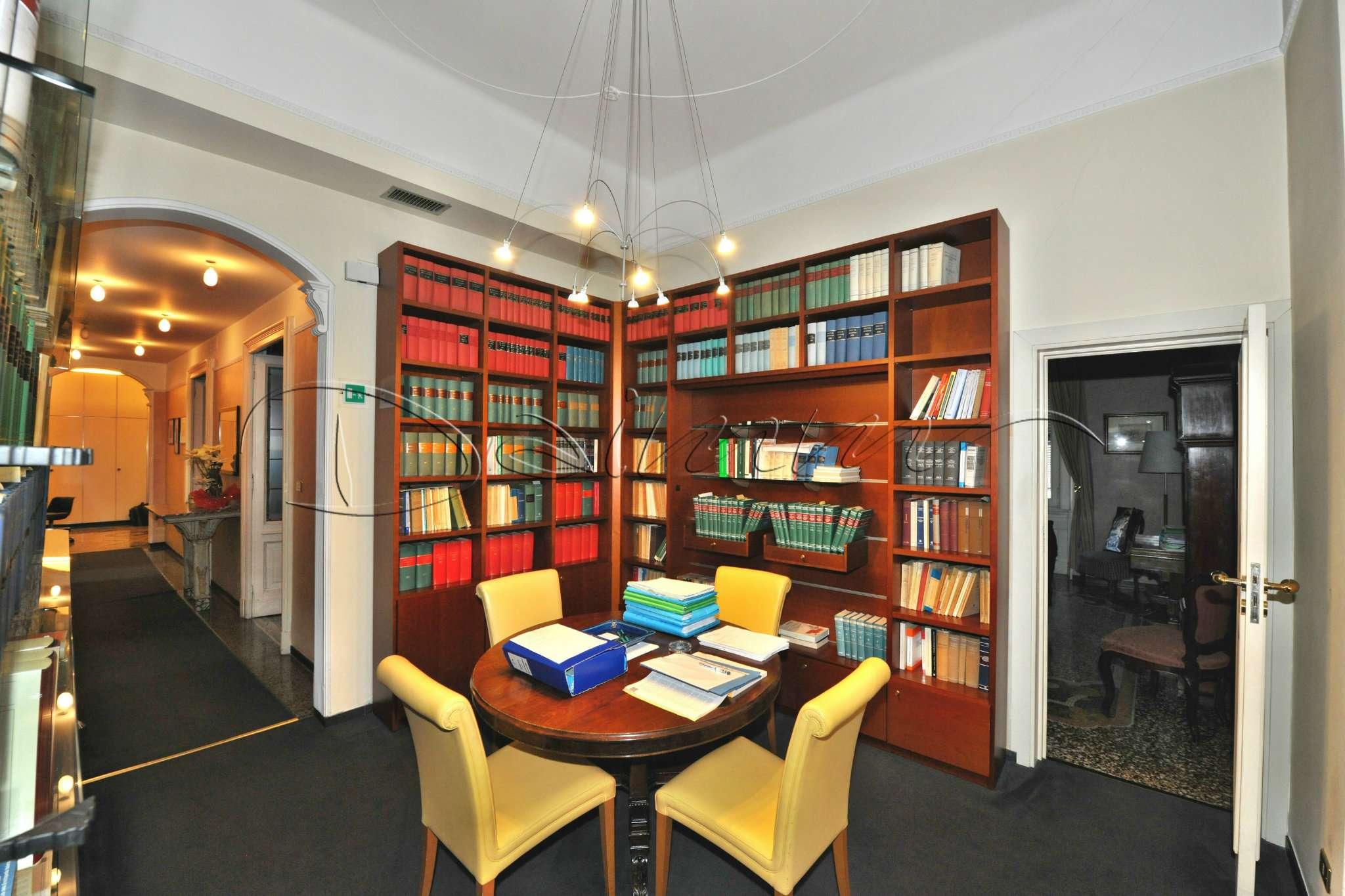 Foto 1 di Appartamento via Via XX Settembre, Genova (zona Centro città)