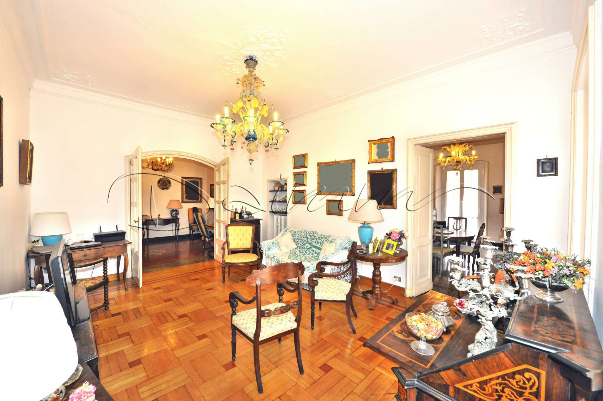 Foto 1 di Appartamento via Maragliano, Genova (zona Centro città)