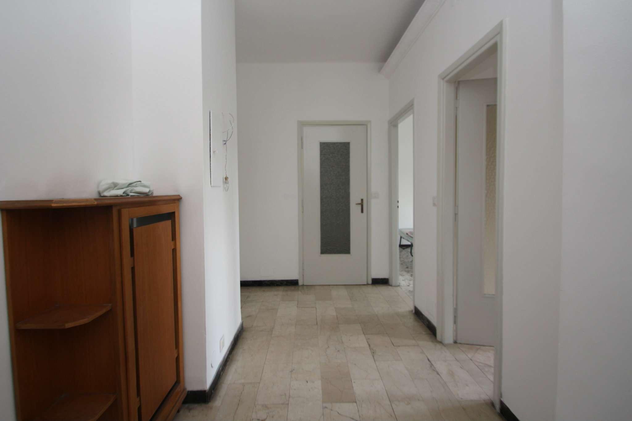 Foto 1 di Trilocale via Stradella 22, Torino (zona Madonna di Campagna, Borgo Vittoria, Barriera di Lanzo)