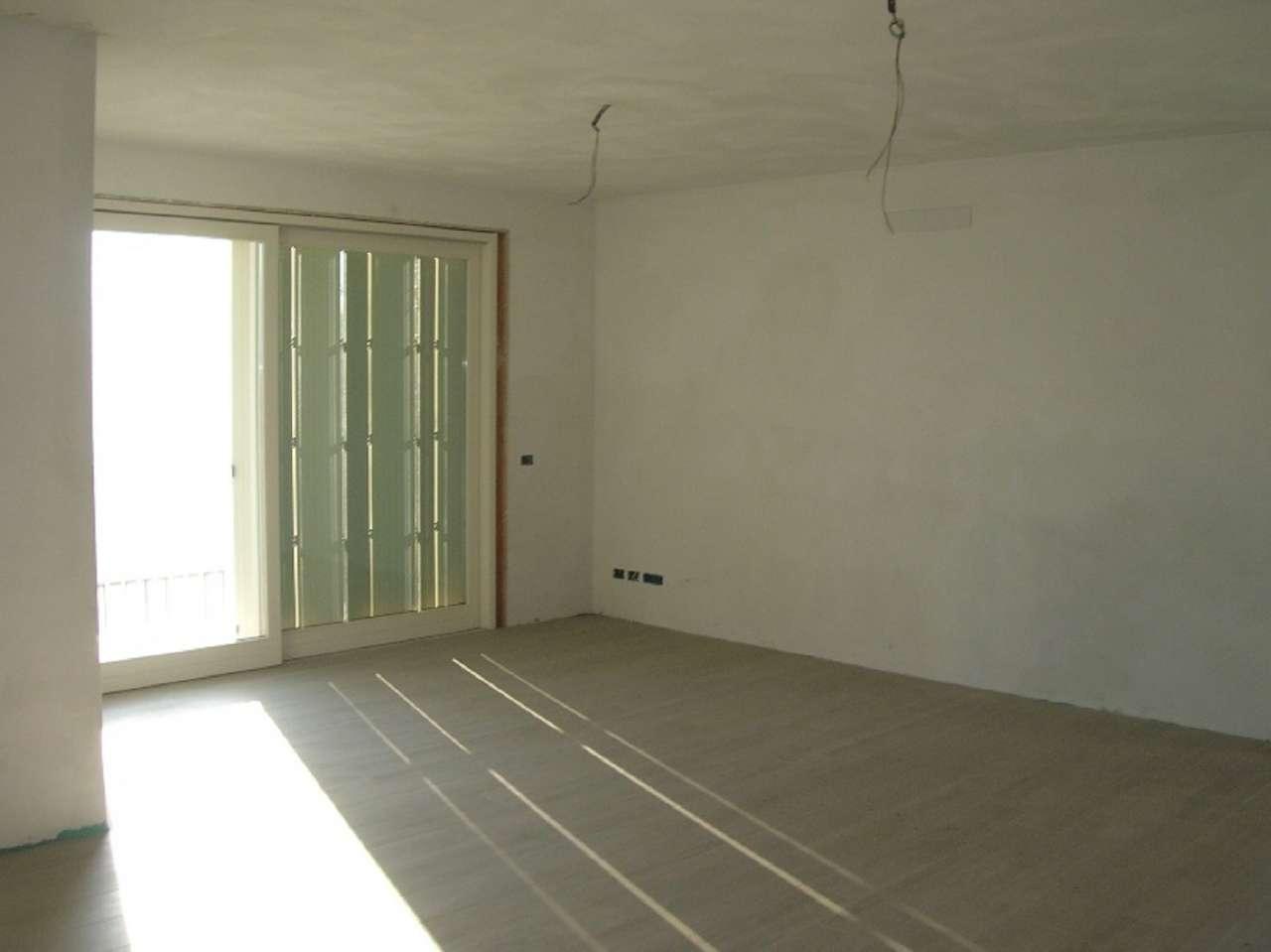 Bilocale Brescia Via Villa Ottorino 2