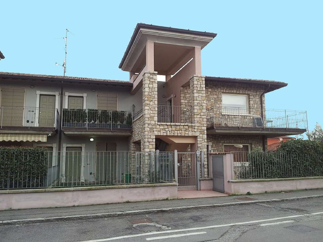 Bilocale Ospitaletto Via Padule 10