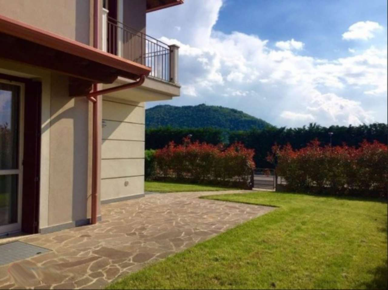Soluzione Indipendente in vendita a Erbusco, 4 locali, prezzo € 295.000 | Cambio Casa.it