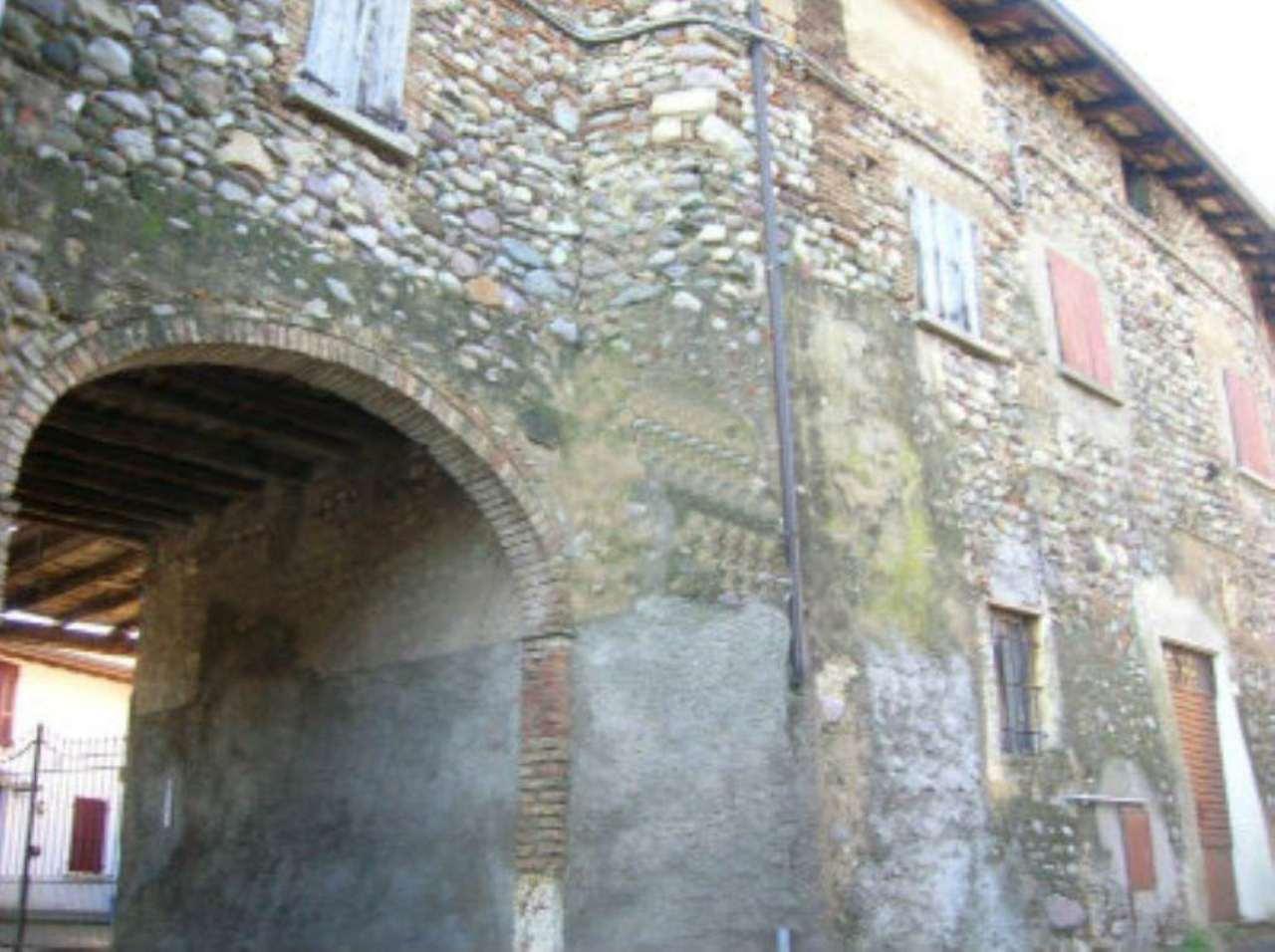 Rustico / Casale in vendita a Cazzago San Martino, 8 locali, prezzo € 130.000 | Cambio Casa.it