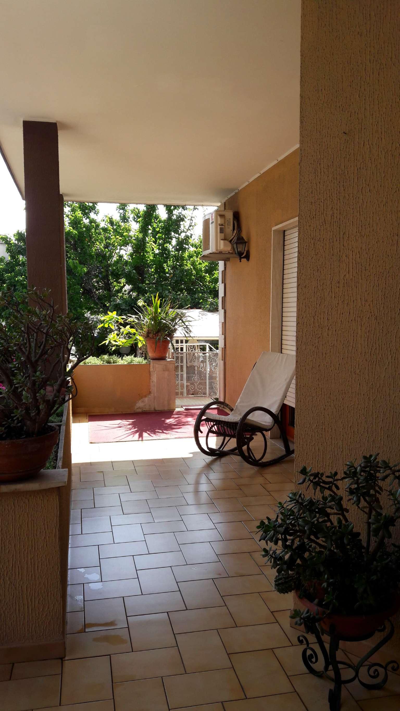 Soluzione Indipendente in vendita a Nettuno, 4 locali, prezzo € 209.000 | Cambio Casa.it