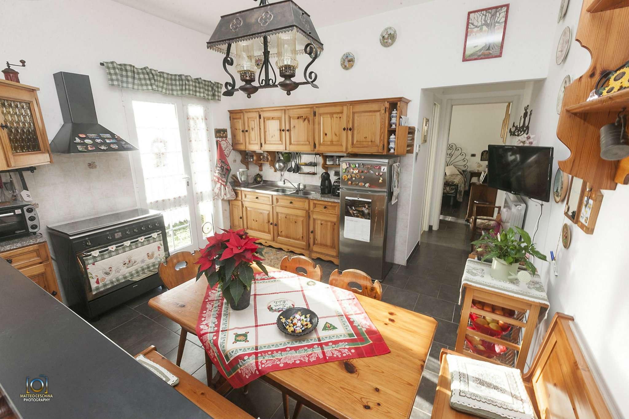 Appartamento in vendita a Serra Riccò, 4 locali, prezzo € 128.000 | Cambio Casa.it