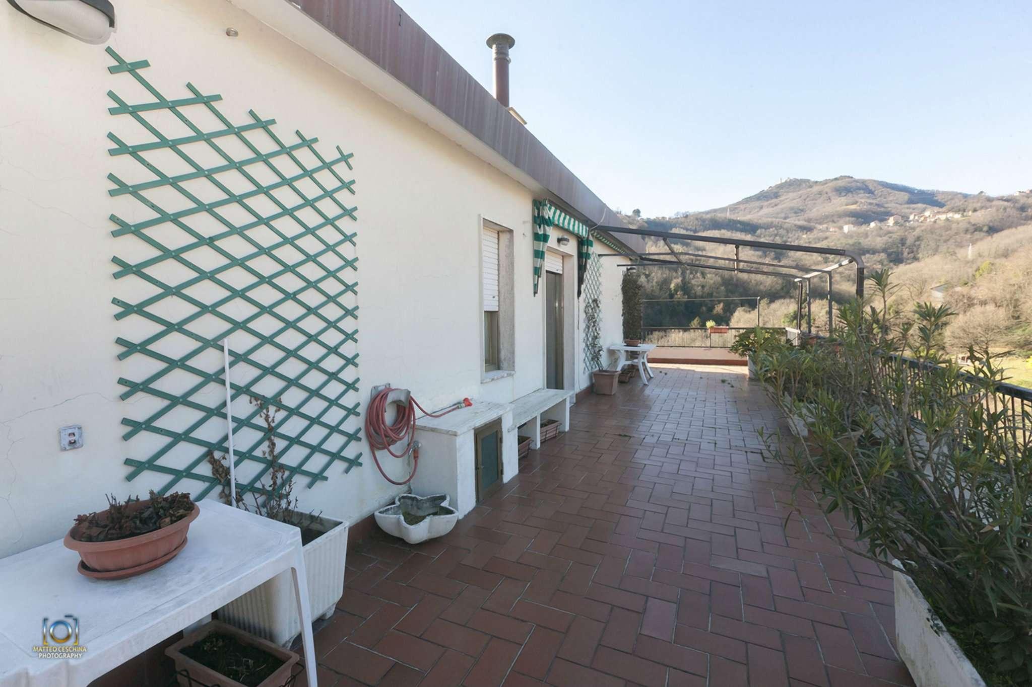 Appartamento in vendita a Campomorone, 5 locali, prezzo € 258.000 | CambioCasa.it