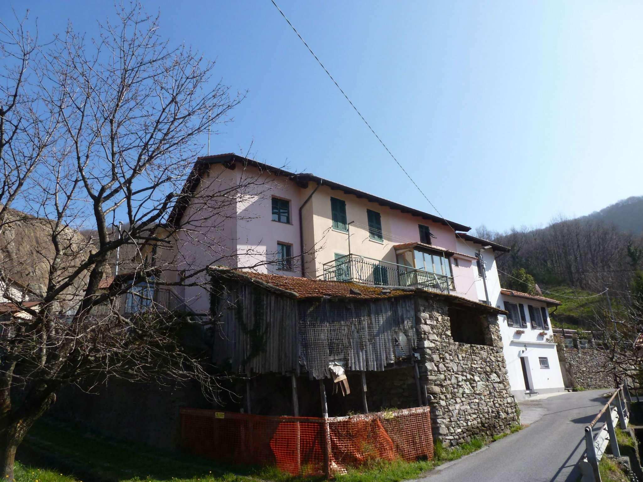 Rustico / Casale in vendita a Campomorone, 5 locali, prezzo € 35.000 | CambioCasa.it