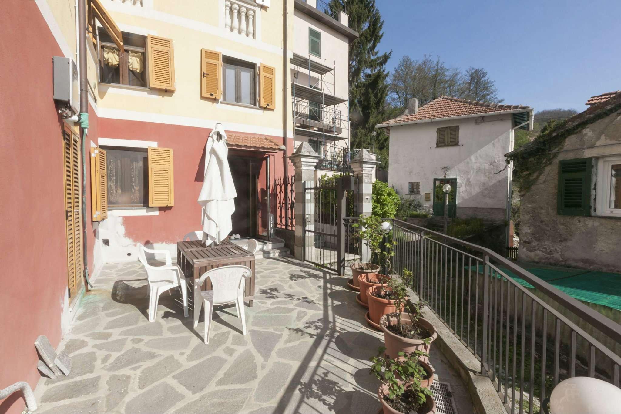 Soluzione Semindipendente in vendita a Campomorone, 5 locali, prezzo € 130.000 | CambioCasa.it