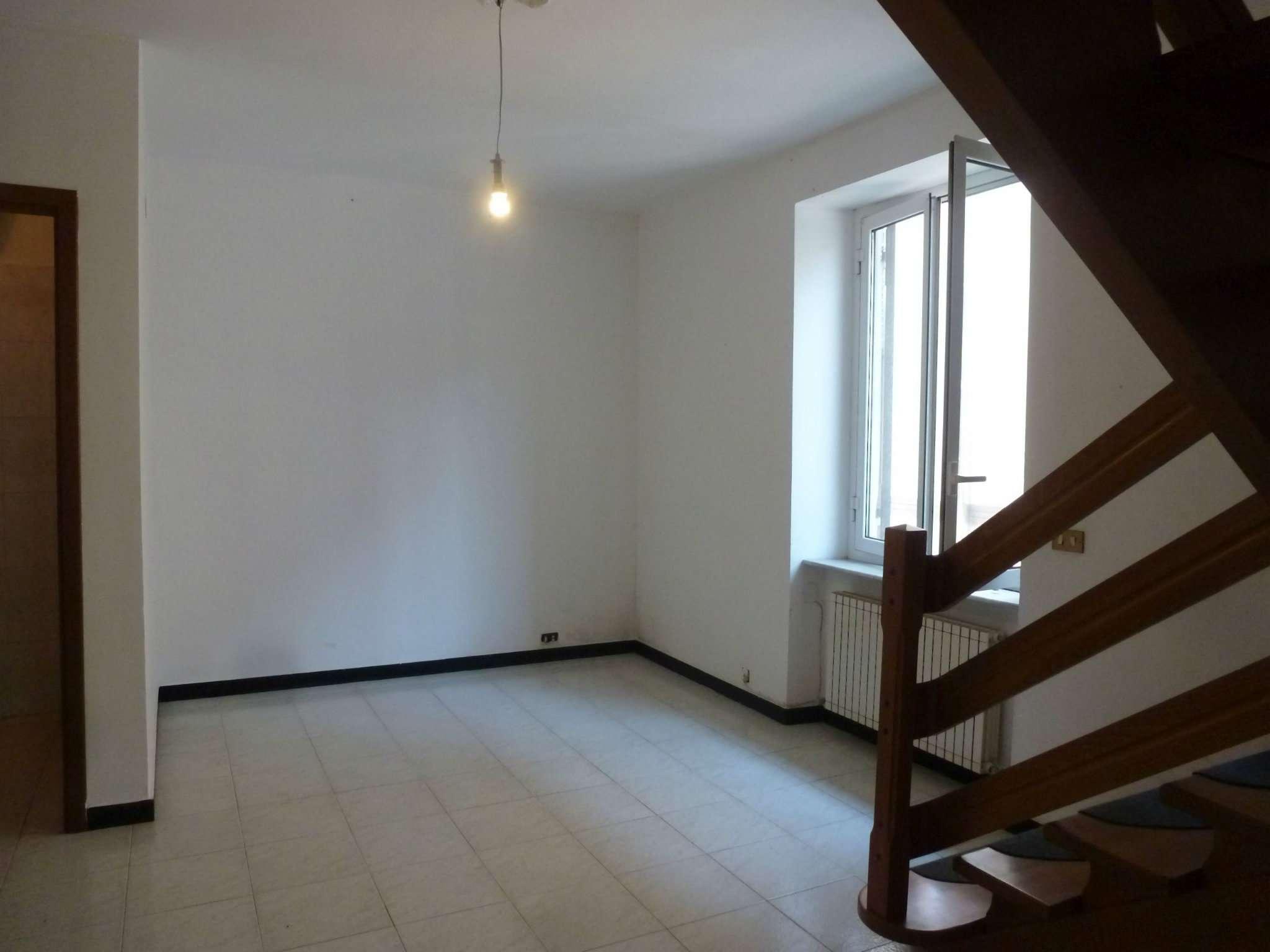 Soluzione Semindipendente in affitto a Mignanego, 6 locali, prezzo € 400 | Cambio Casa.it