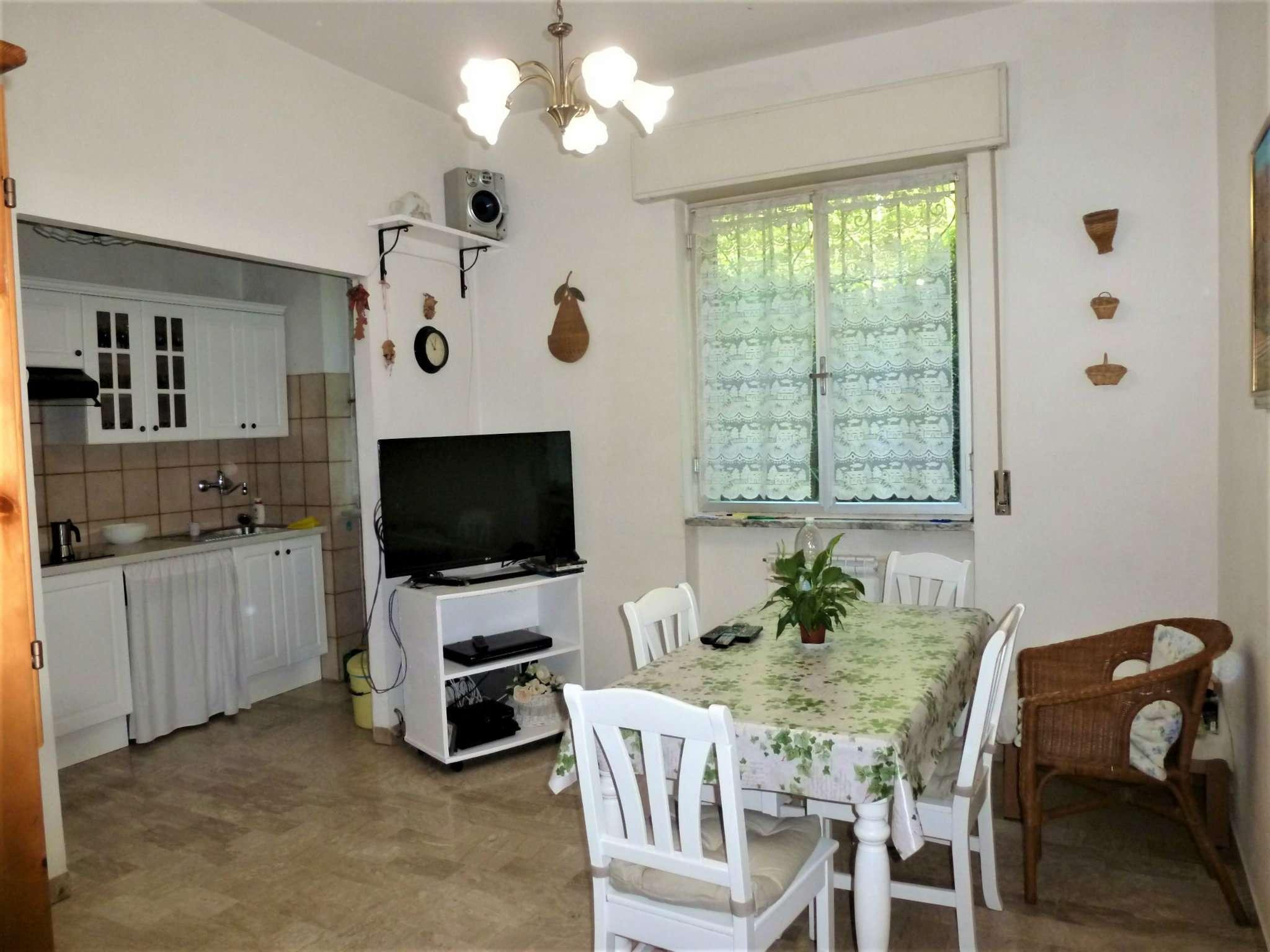 Appartamento in vendita a Mignanego, 5 locali, prezzo € 69.000 | CambioCasa.it