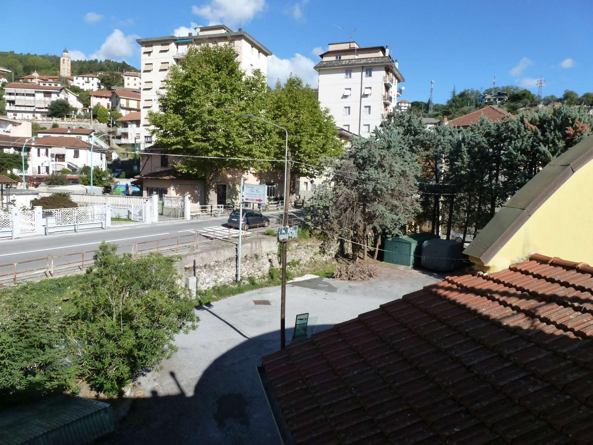 Appartamento in affitto a Mignanego, 4 locali, prezzo € 350 | CambioCasa.it