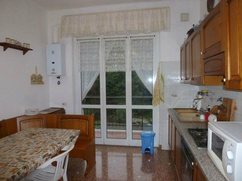 Appartamento in vendita a Campomorone, 5 locali, Trattative riservate | Cambio Casa.it