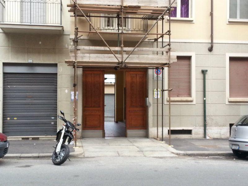 Box / Garage in vendita a Torino, 1 locali, zona Zona: 8 . San Paolo, Cenisia, prezzo € 21.000 | Cambiocasa.it