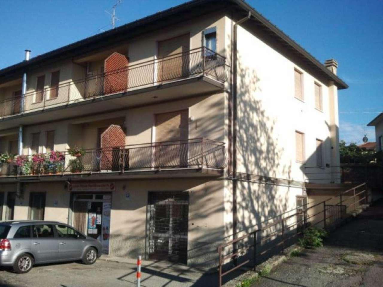 Appartamento in vendita a Faloppio, 3 locali, prezzo € 130.000 | Cambio Casa.it