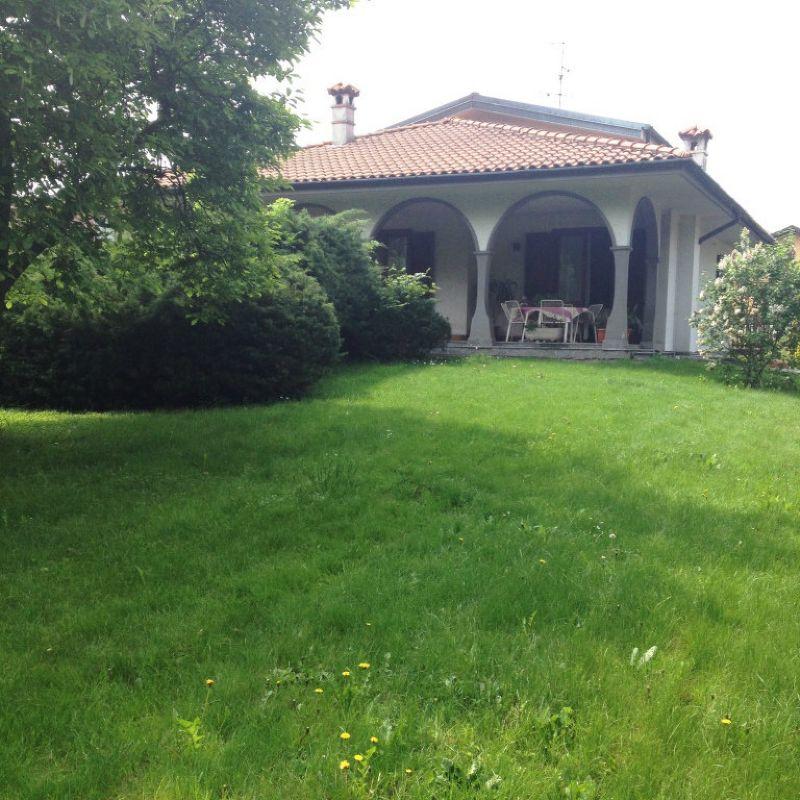 Villa in vendita a Colverde, 4 locali, prezzo € 390.000 | Cambio Casa.it