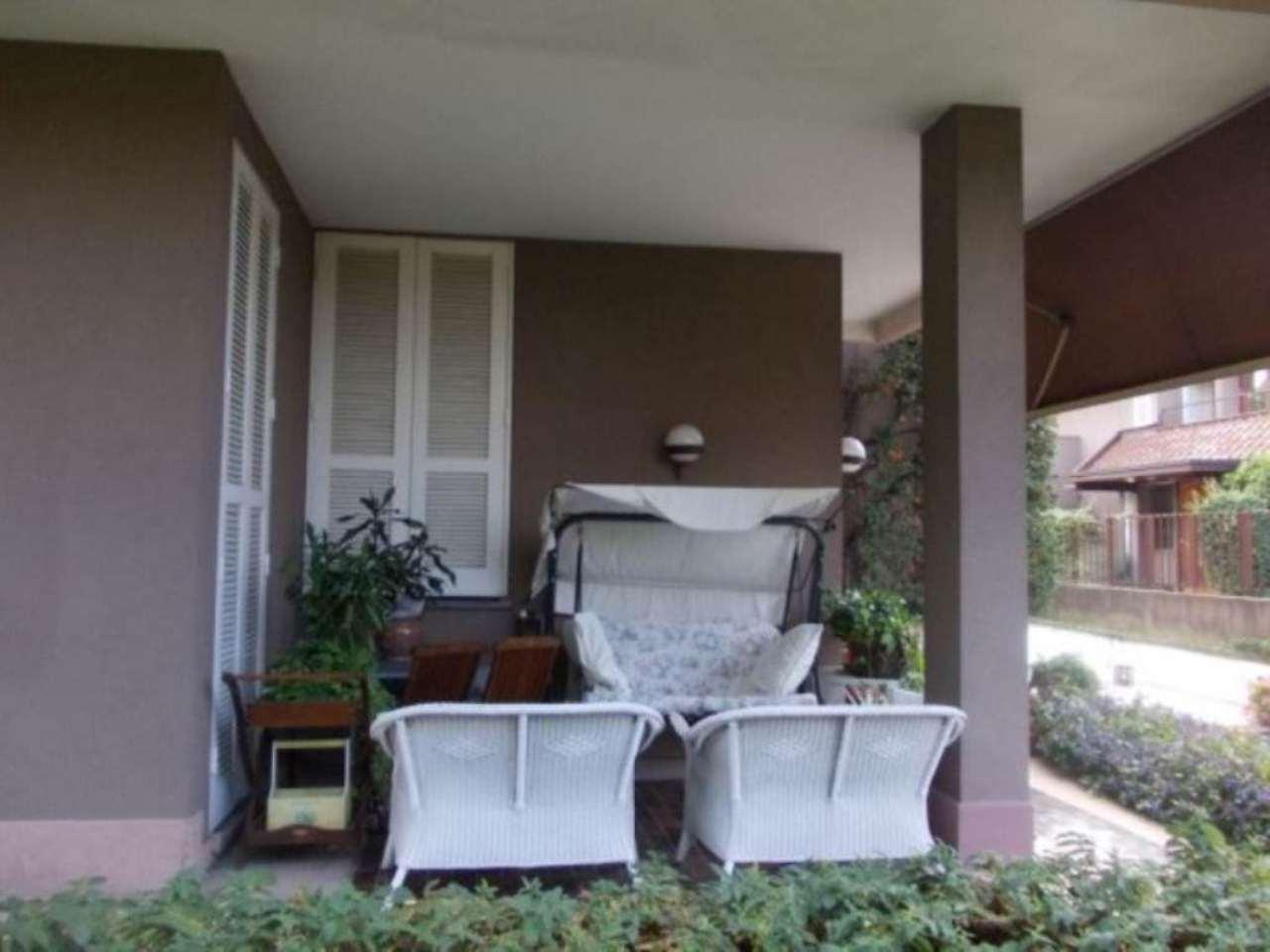 Villa in vendita a Fino Mornasco, 6 locali, prezzo € 620.000 | Cambio Casa.it