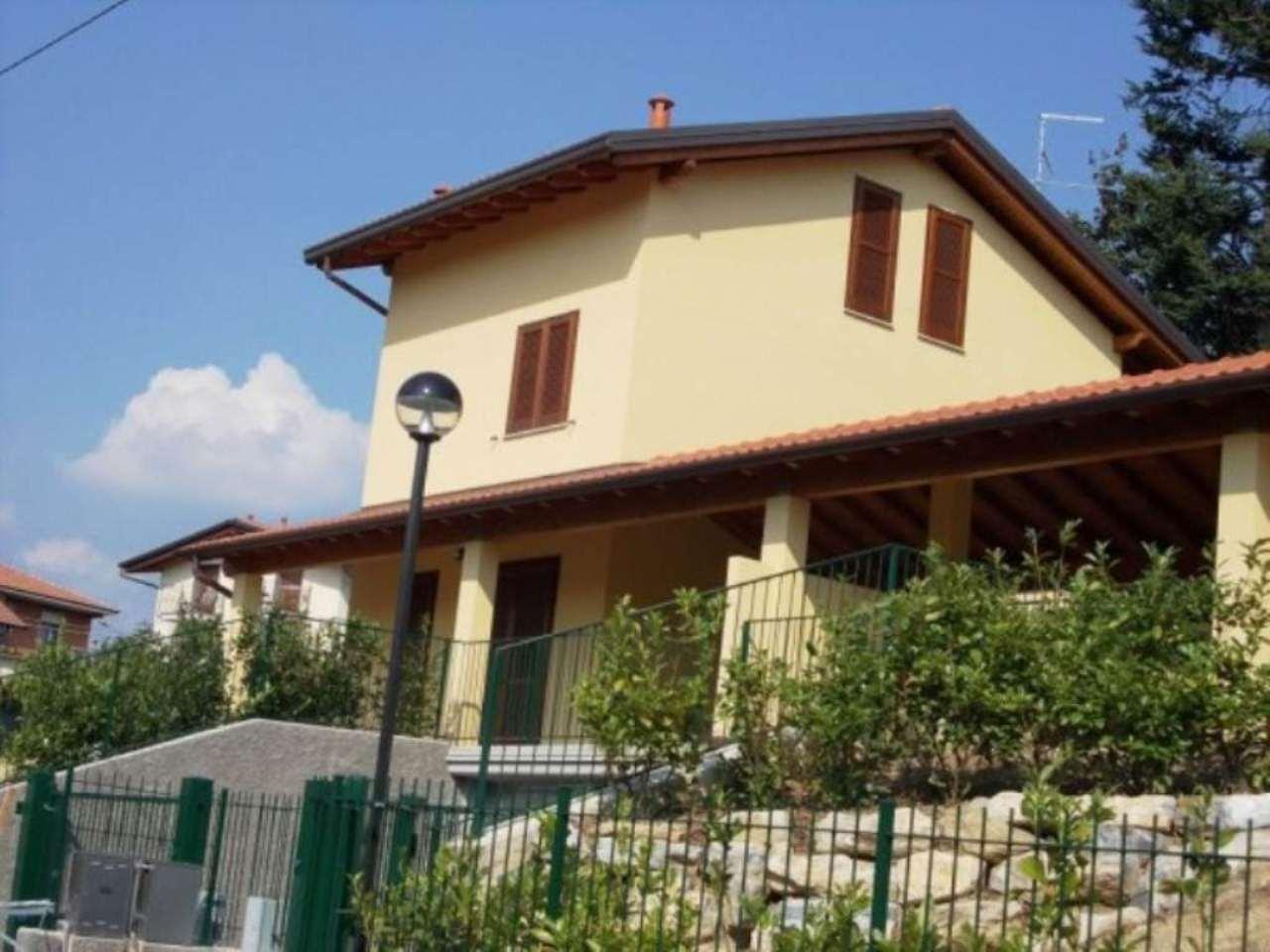 Villa in vendita a Fino Mornasco, 4 locali, prezzo € 365.000 | Cambio Casa.it