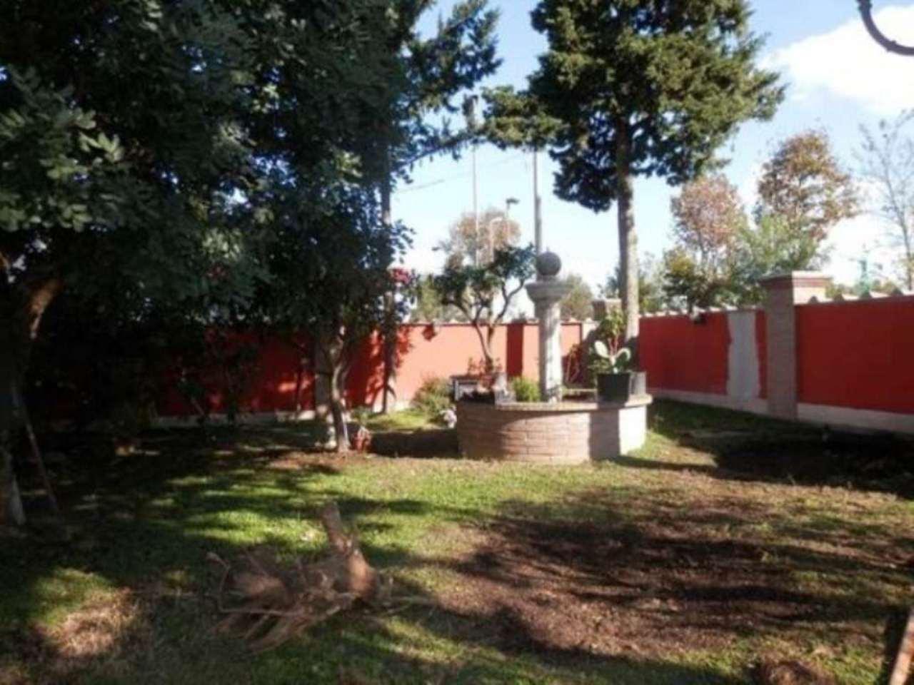 Appartamento casa roma 400 euro in vendita waa2 for Casa di 700 metri quadrati in vendita
