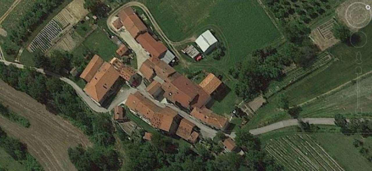 Rustico / Casale in vendita a Marsaglia, 10 locali, prezzo € 150.000 | Cambio Casa.it