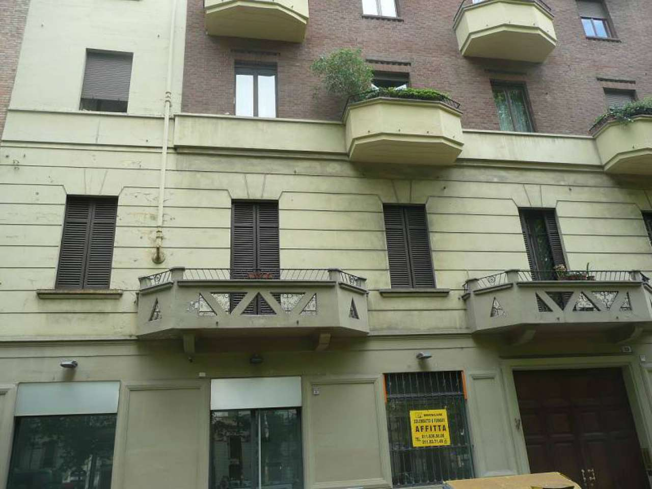 Negozio in affitto Zona Vanchiglia, Regio Parco - corso Regina Margherita Torino