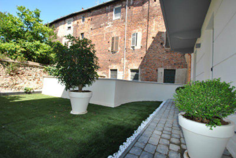 Bilocale Vercelli Via Giovenone 2