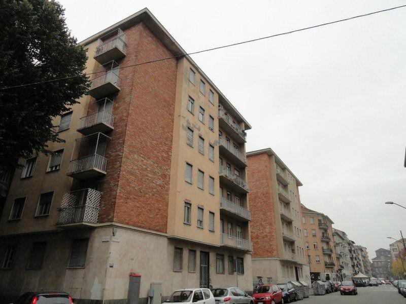 Bilocale Torino Via Montevideo 12