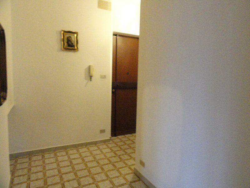 Bilocale Torino Via Montevideo 8