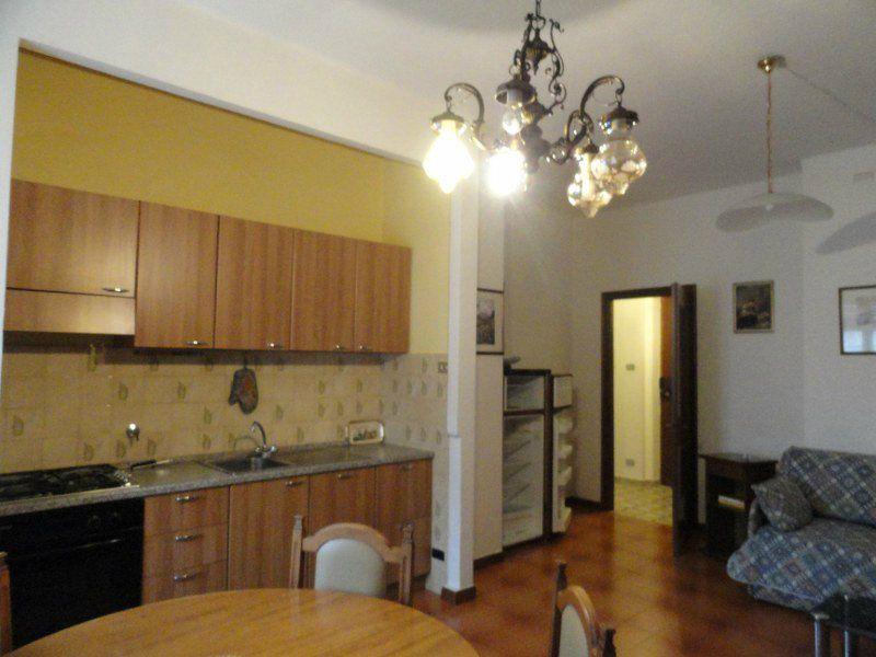 Bilocale Torino Via Montevideo 4