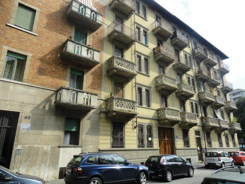 Bilocale Torino Via Borgone 3