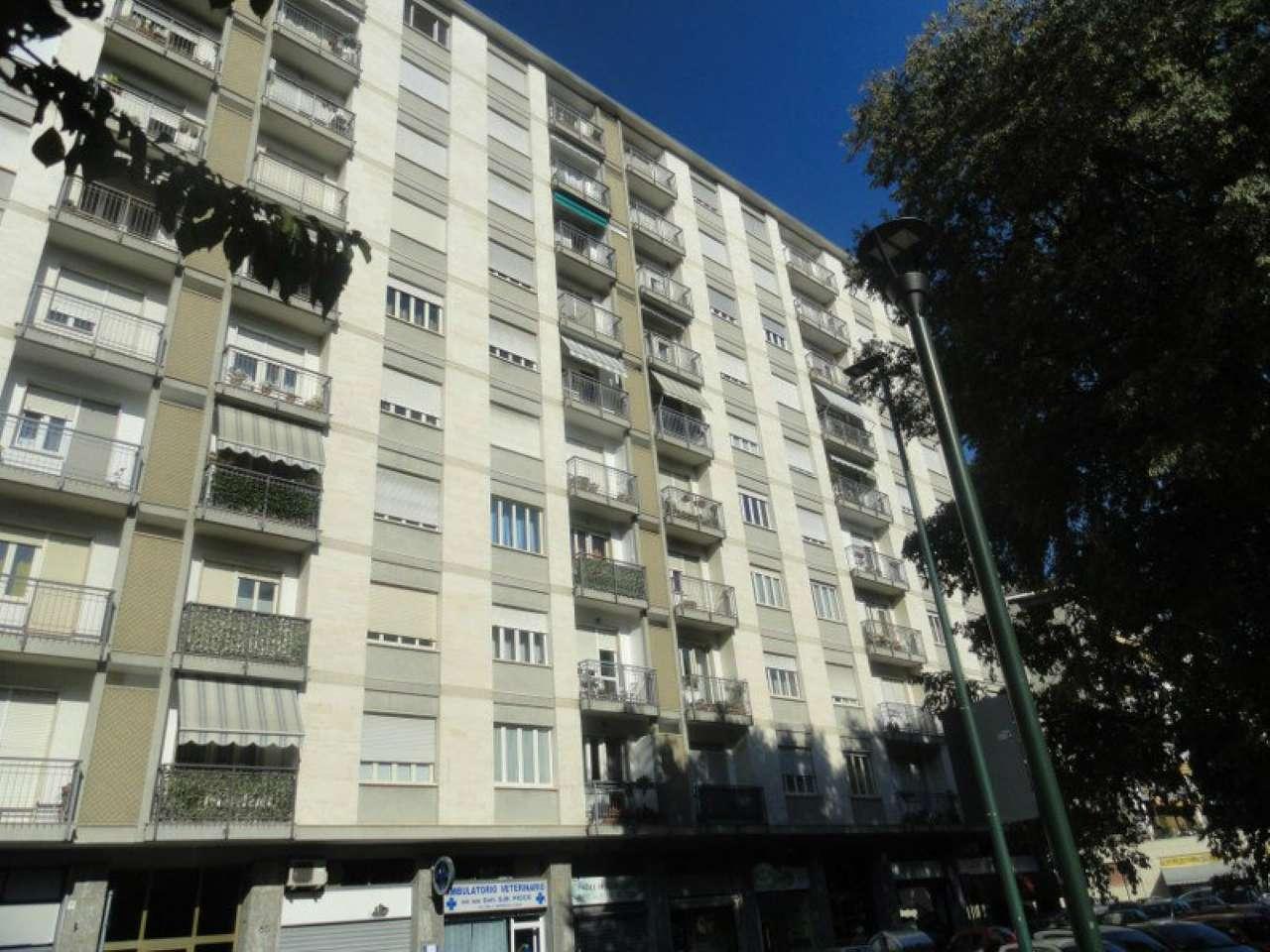Bilocale Torino Via Buenos Aires 11