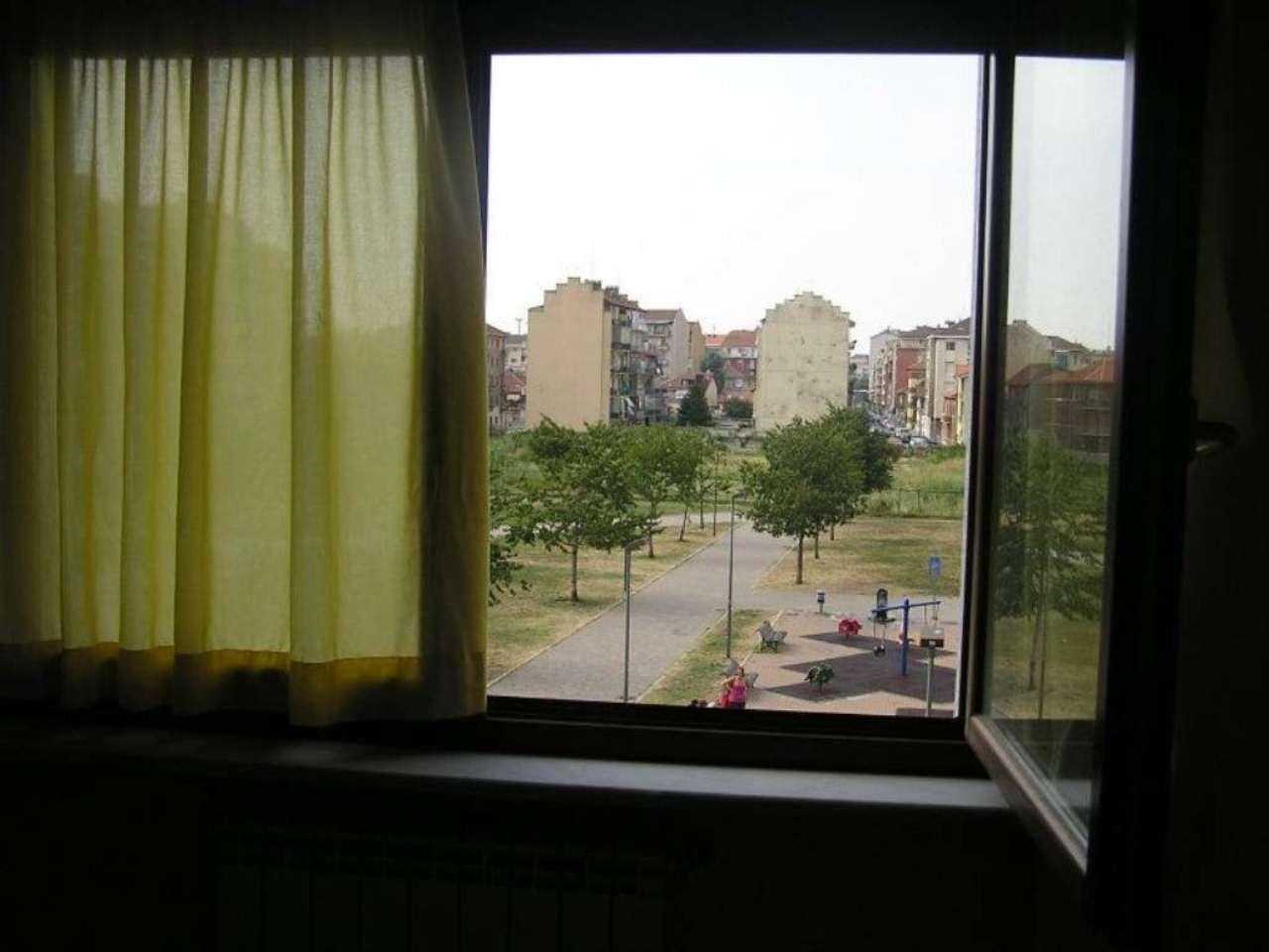 Bilocale Torino Via Gradisca 12