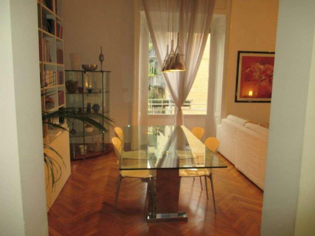 Bilocale Milano Via Francesco Reina 3