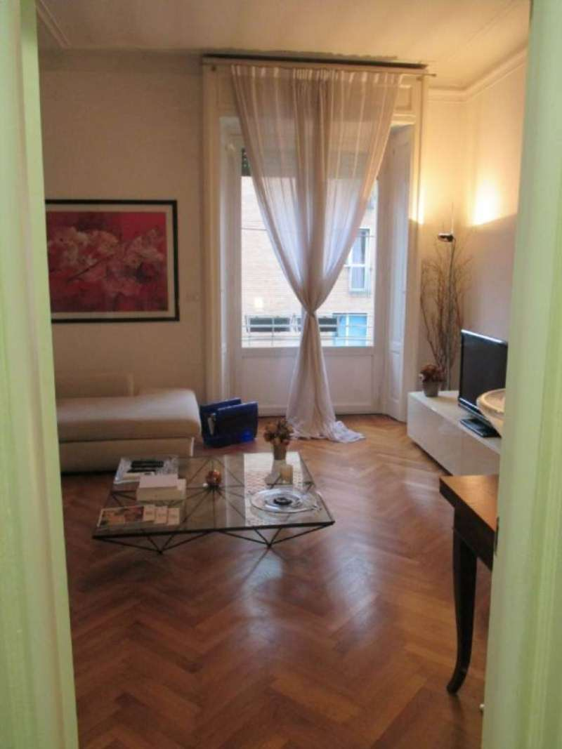 Bilocale Milano Via Francesco Reina 4