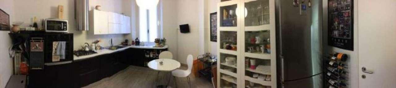 Bilocale Milano Via Francesco Reina 6
