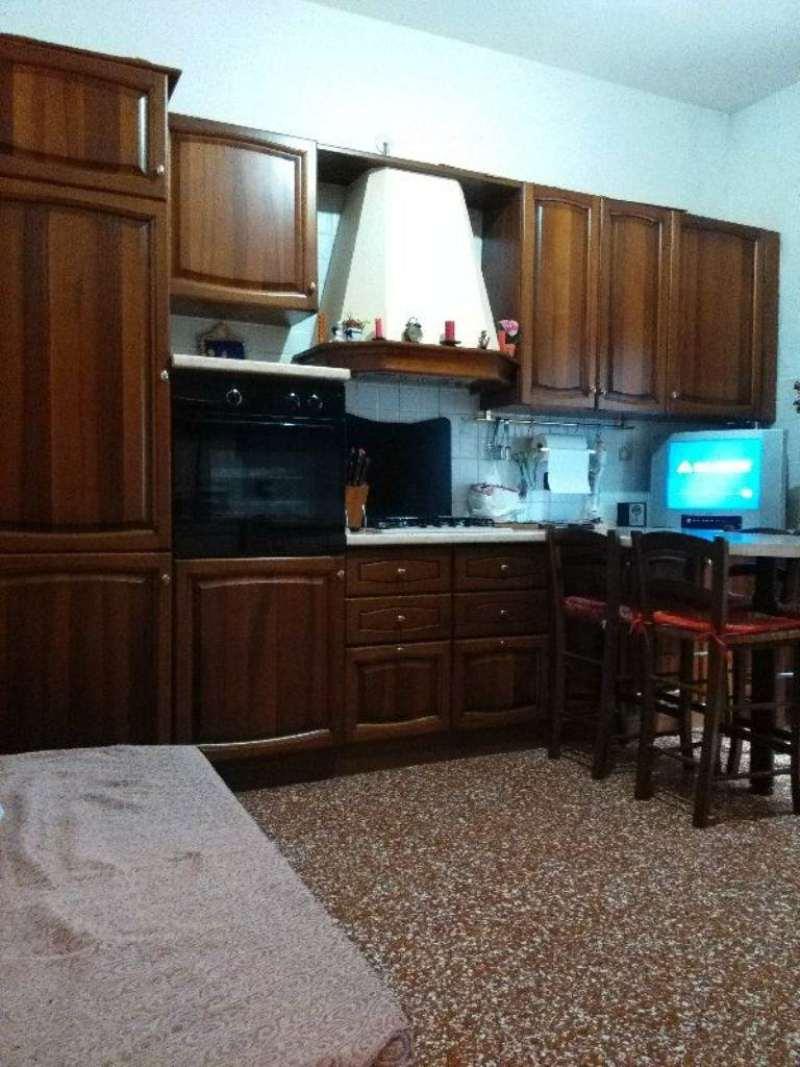 Bilocale Genova Via Monte Rosa 6