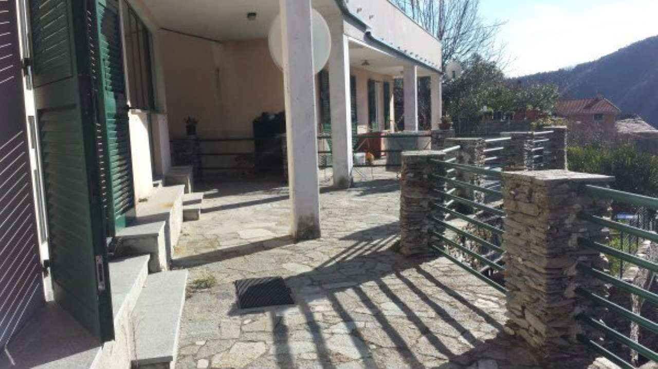 Appartamento in vendita a Chiavari, 3 locali, prezzo € 167.000 | Cambio Casa.it