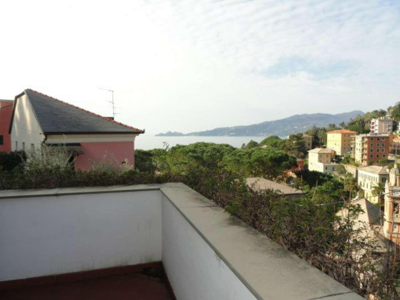 Appartamento in vendita a Zoagli, 6 locali, prezzo € 395.000 | CambioCasa.it